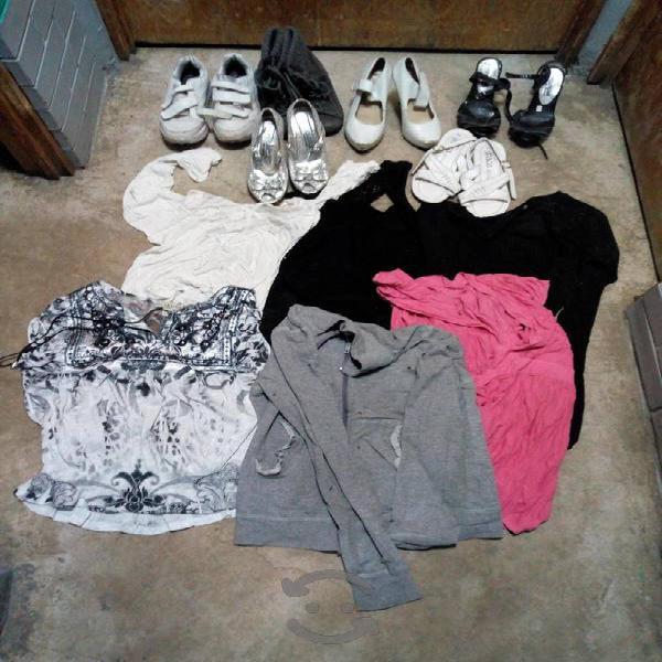 Lote de chácharas ropa y zapatos mujer