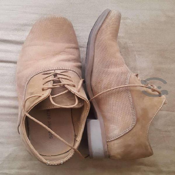 Paquete de ropa caballero (zapatos y ropa casual)