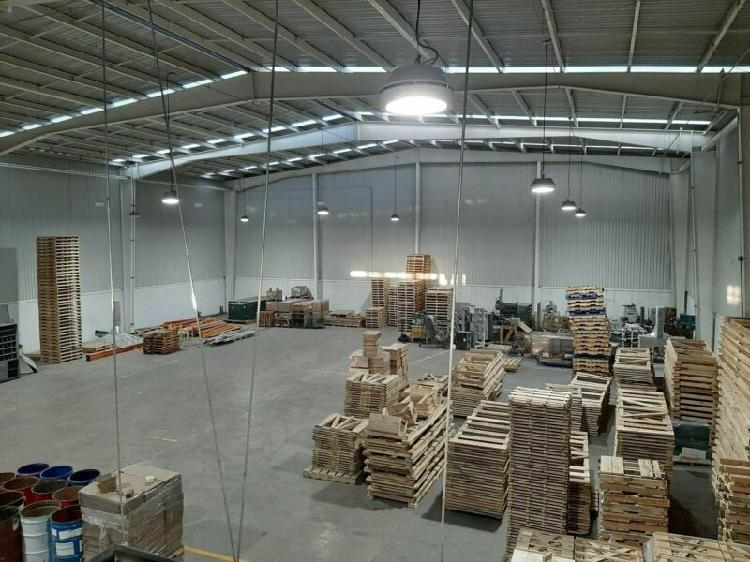 Rento nave industrial seminueva de 1,200 m2 cd industrial
