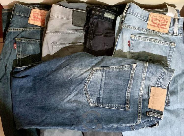 Remató paca de ropa americana