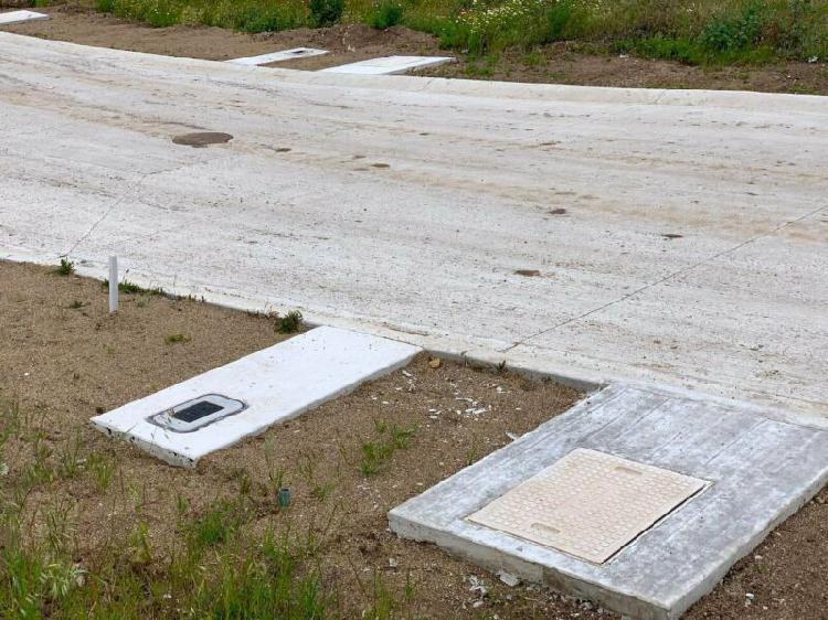 Terrenos de 196 m2 con agua, lus, drenaje, pavimento y