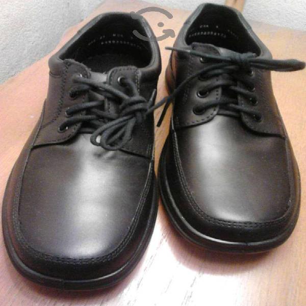 """Zapatos marca""""flexi""""nuevos y originales.remato!!!"""