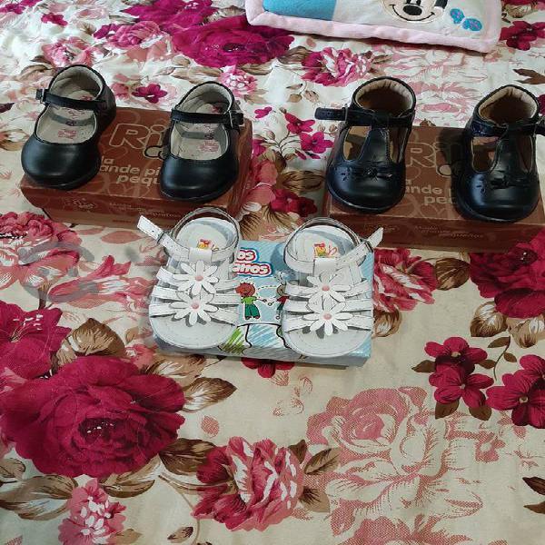Zapatos de niña en muy buenas condiciones a $50 c/