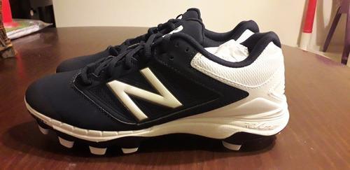 Taquetes spikes beisbol softbol new balance. 24.5 y 26