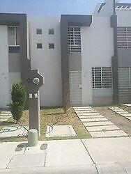 Casa en renta re modelada amueblada en puerta navarra