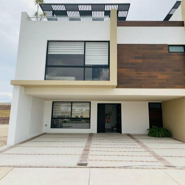 Casa en venta al sur de leon