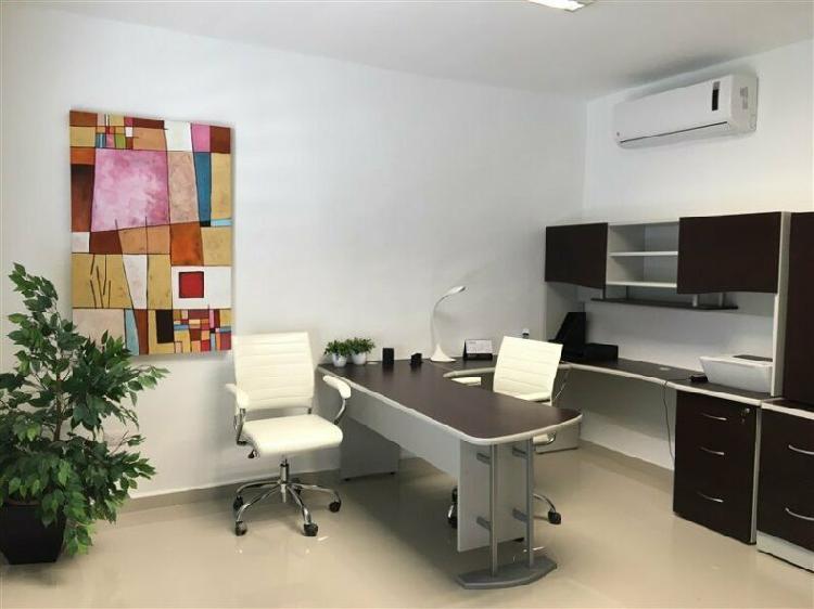 Oficina amueblada con servicios en itzimna
