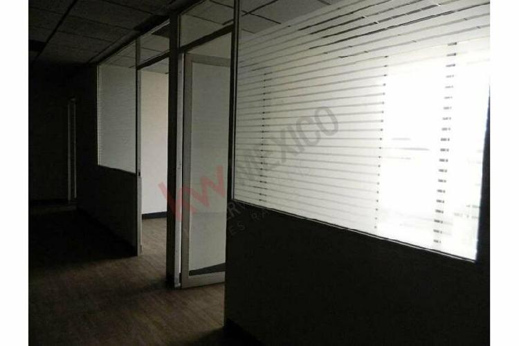 Oficina en renta en torre quadrata piso 3 de 185 m2