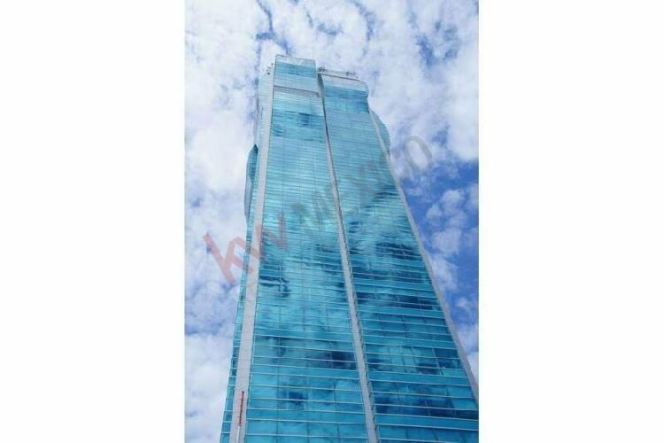 Oficina en renta en planta baja, torre jv iii, cerca de