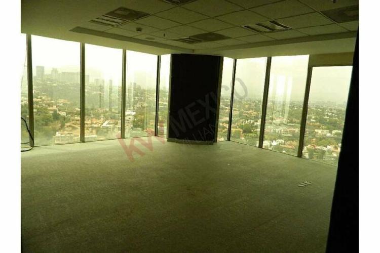 Renta de oficina en torre quadrata, piso 16 de 370 m2