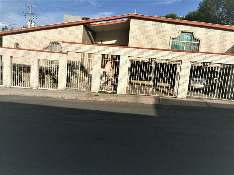 """Casa en venta en """" fuentes del santuario"""""""