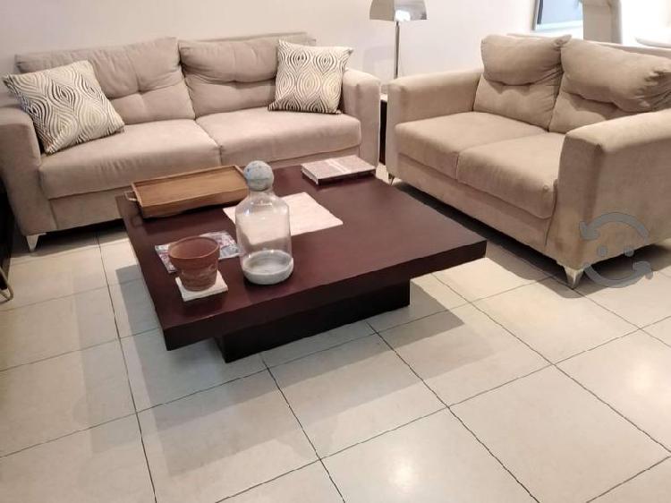 Nuevo juego de sofá y love seat en terciopelo