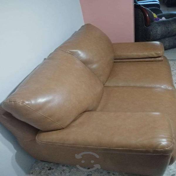 Sala de 2 love seat en excelentes condiciones