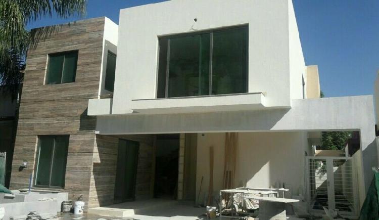 Casa en venta en zapopan, jalisco, valle real