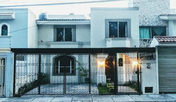 Casa en venta en jardines vallarta, zapopan, jalisco
