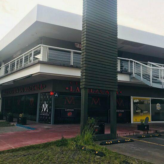 Local comercial en renta plaza cuervo el vigia zona san