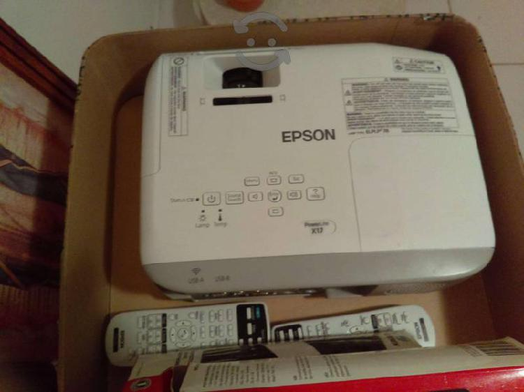 Proyector epson powerlite x17