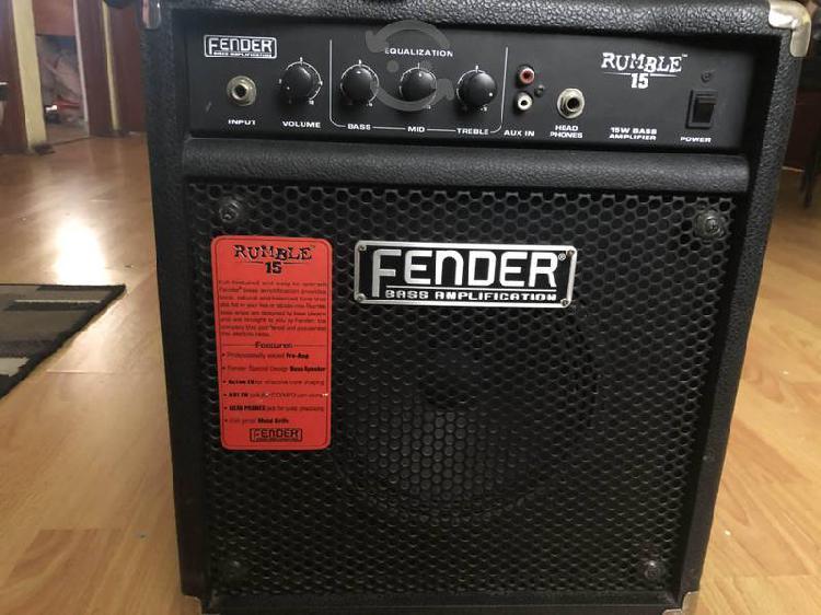 Amplificador fender rumble 15 watts buen estado