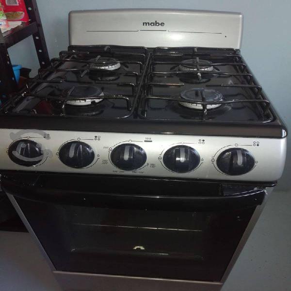Estufa con horno mabe