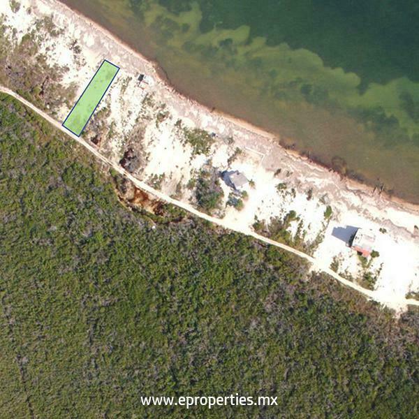 Terreno habitacional en venta bahía petempich, puerto