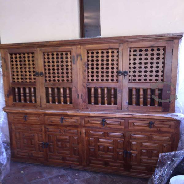 Venta de muebles coloniales de cedro