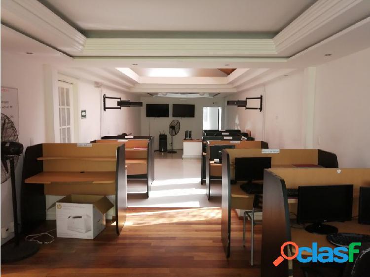 Excelente casa para desarrollo doble entrada