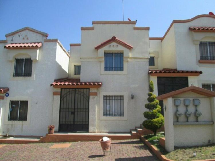 Casa en venta en fracc urbi villa del real tecamac