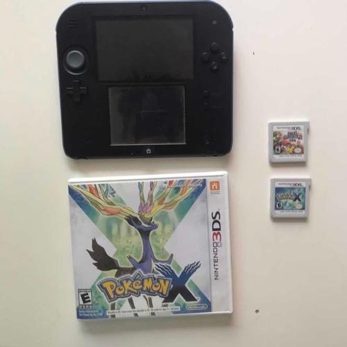 Nintendo 2ds con 2 juegos y tarjeta 8gb