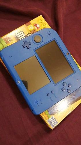 Nintendo 2ds más dos juegos en cartucho