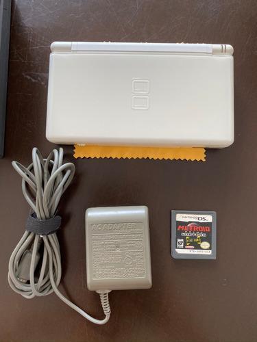 Nintendo ds lite blanco + cargador original + 6 juegos