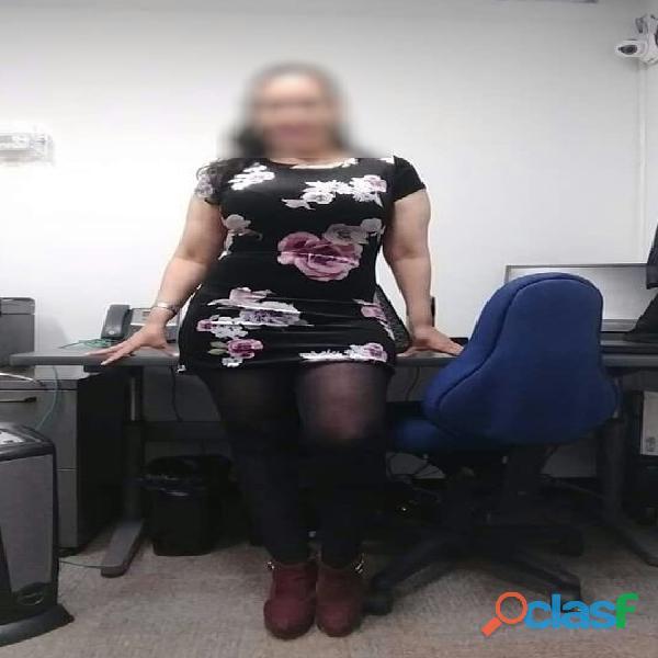Anabel Sexy Secretaria Tomando Dictado En Tus Piernas