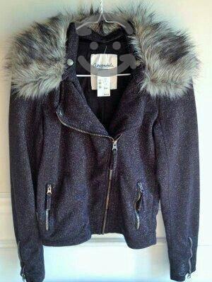 Paca de ropa 4 marcas nueva etiquetada 50 libras