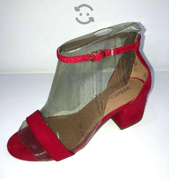 Sandalias suede rojo