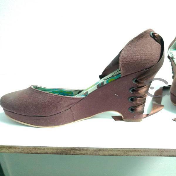 Zapato original de plataforma