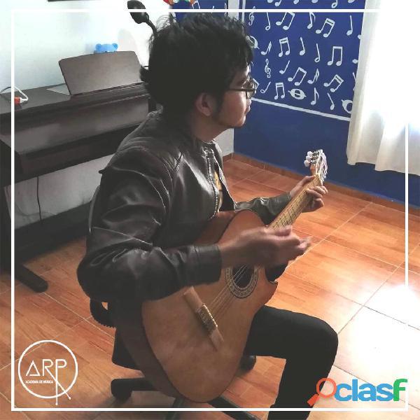 Academia de música arp. guitarra, batería, piano, canto, bajo, teclado.
