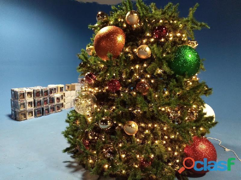 Arboles de Navidad Gigantes 17