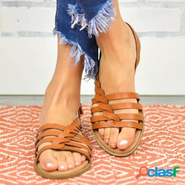 Tamaño grande mujer playa hebilla trenzada hueca plana sandalias