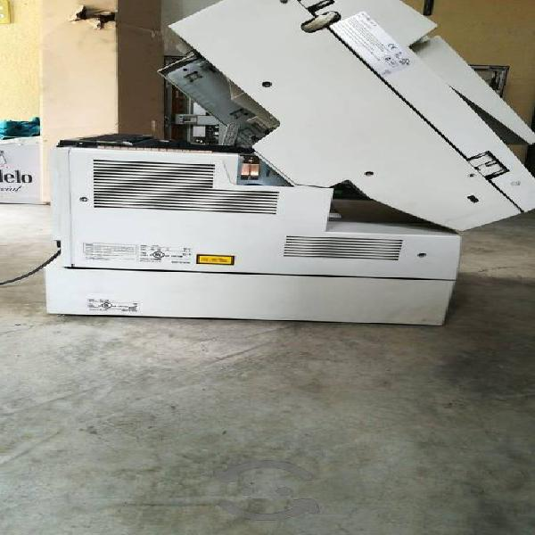 Impresora konica minolta di-151.