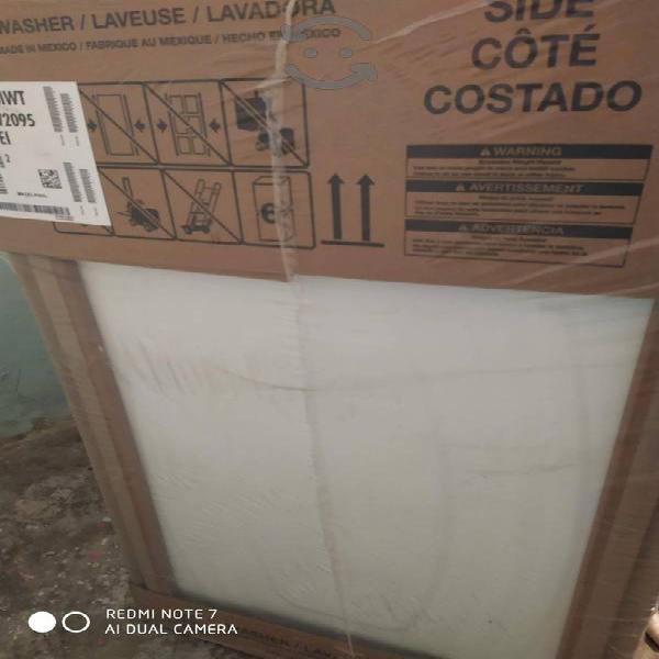 Lavadora whirlpool 20 kilos totalmente nueva