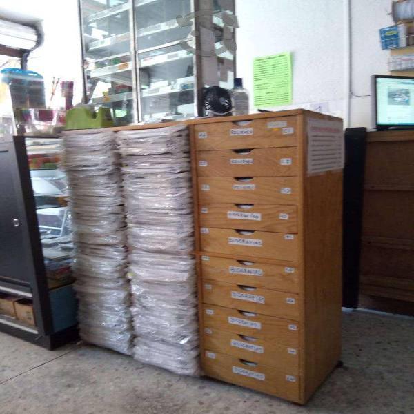 Lote monografías y biografías