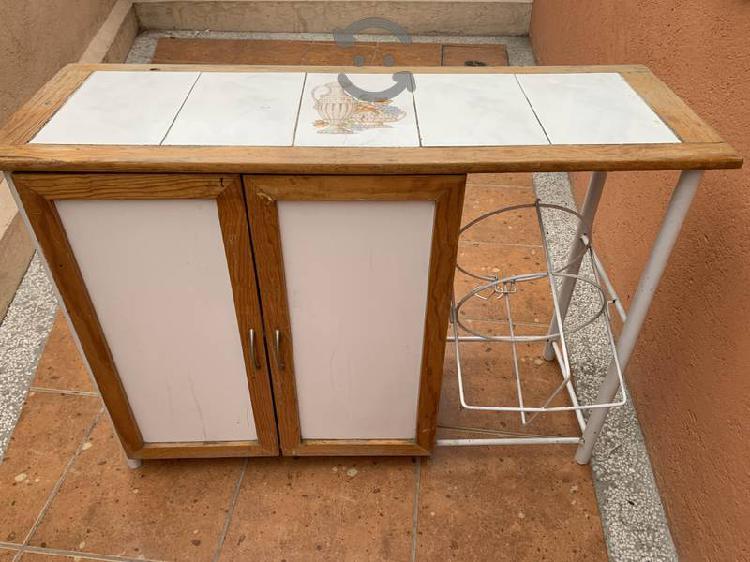 Mueble para cocina y garrafón