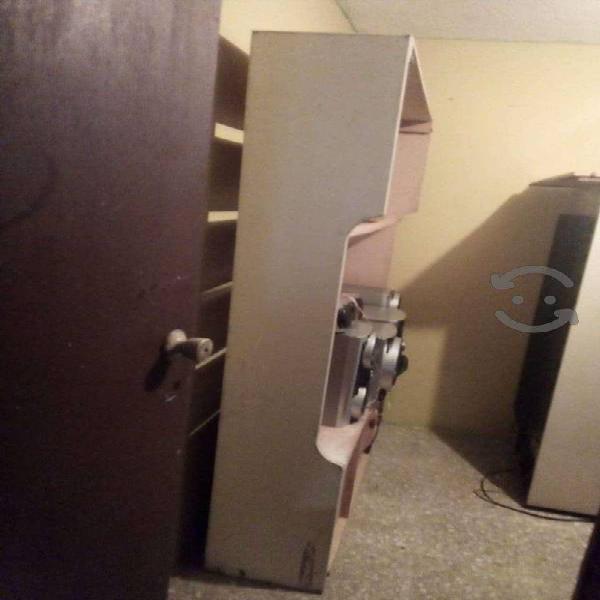 Urge vender varios muebles
