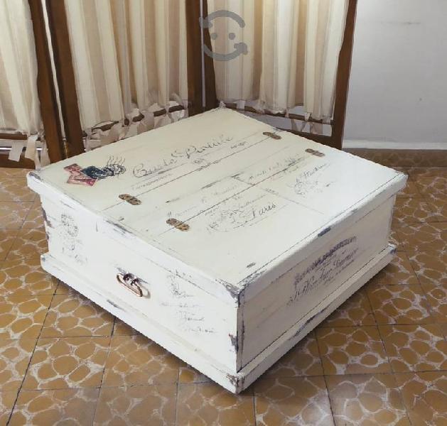 Precioso baúl mesa antiguo vintage shabby chic