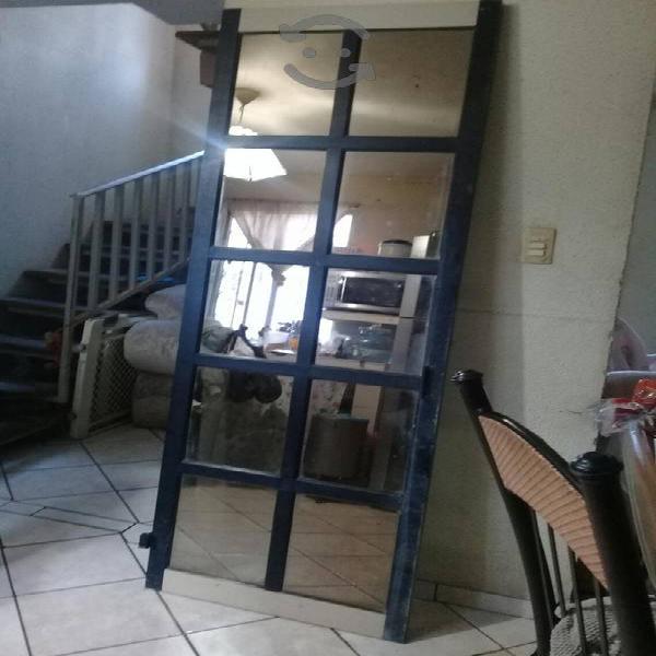 Puerta sin marco