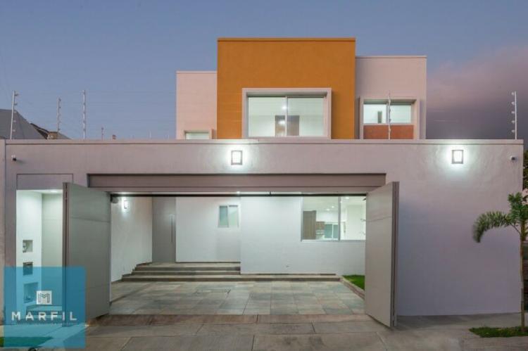 Hermosa casa residencial esmeralda principal planta baja