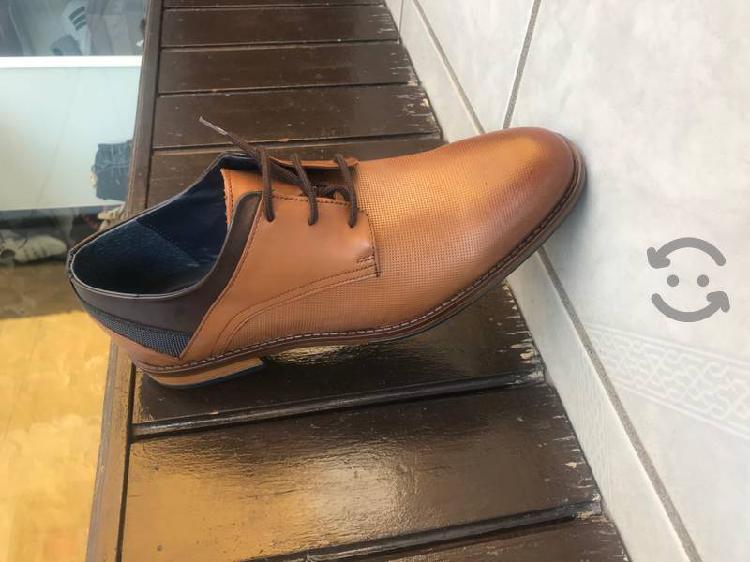 Zapato de vestir christian gallery