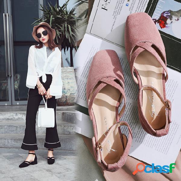 2017 nuevos zapatos de mujer gruesos con huecos zapatos individuales cabeza femenina boca baja con sandalias baotou mujeres