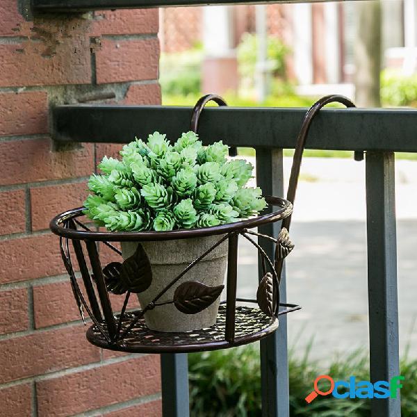 Titular de la maceta de las cestas de la ejecución del arte del hierro para la cerca del pórtico del balcón del patio
