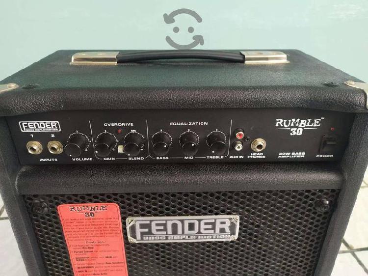 Amplificador fender rumble para bajo 30w