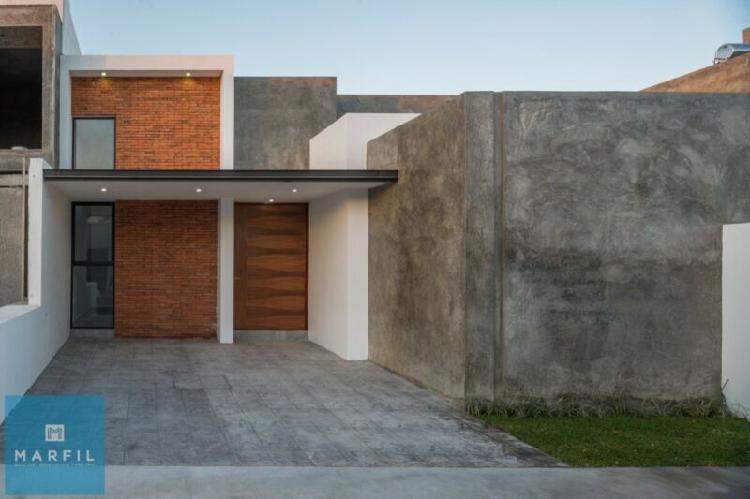 Hermosa casa en pre venta con excelentes acabados en